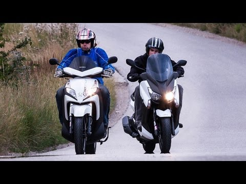 Rollervergleich | Yamaha X-Max 400 vs Peugeot Geopolis 300 Geostyle