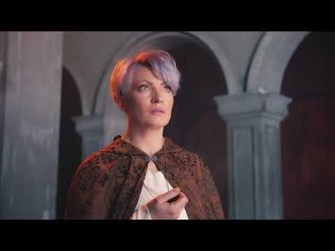 Смотреть клип Алина Делисс - Молитва