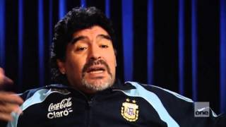 Maradona - D10S - 1/4 Just another boy (English)