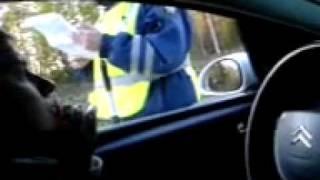 Попытка выписать штраф за тонировку(Подробнее на http://www.gaishnikam.net Пожалуйста, оставляйте комментарии к этому видео на нашем сайте. Взято тут:..., 2010-04-05T18:20:57.000Z)