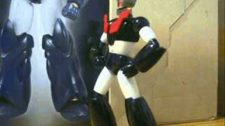 Tetsujin 28 vs Shin Mazinger Z Stop Motion (With sound effects instead of music)