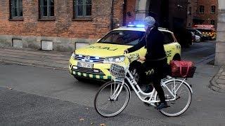 [Bullhorn + almost accident] Hovedstadens Beredskab Ambulance & Akutlæges (Collection)