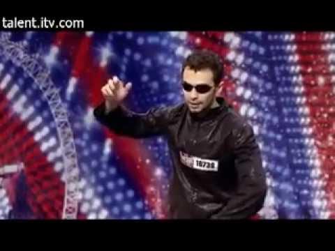 Человек двигается как в фильме Матрица [ ПРИКОЛ ]