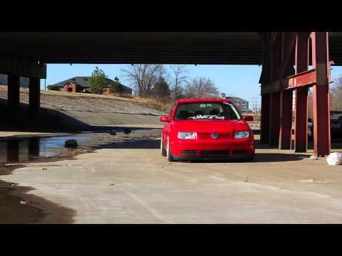 Robert Charles' Slammed mkIV Volkswagen Jetta