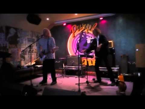 Johnny Remember Me - Alan Clayson and John Otway