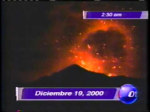 El despertar del volcán Popocatépetl (diciembre de 2000).