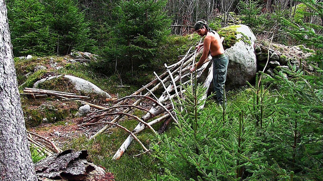 Building A Bushcraft Camp Part 1 The Construction