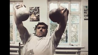 Гиревой альманах 2010 (4). 128 кг. 4 x 32 kg kettlebells (128 kg total) two-hand push press.