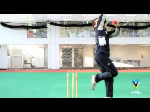 how-to-bowl-finger-spin---cricket-bowling-tips