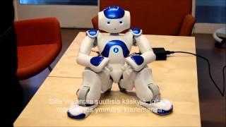 Elias-robotti auttaa kieliteknologian opetuksessa ja tutkimuksessa