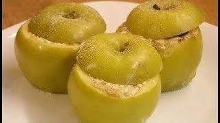 печёные яблоки в духовке с творогом и корицей