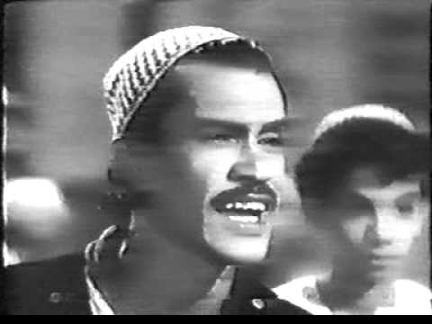 Haji malang old songs.DAT (Very old and rare video of haji malang )