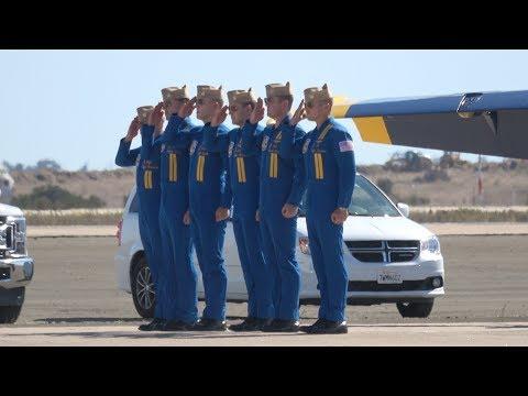 Blue Angels Sunday Demo .. Miramar Airshow 2017 (4K)