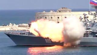 Взрыв ракеты после старта на параде ВМФ в Севастополе  2015 г
