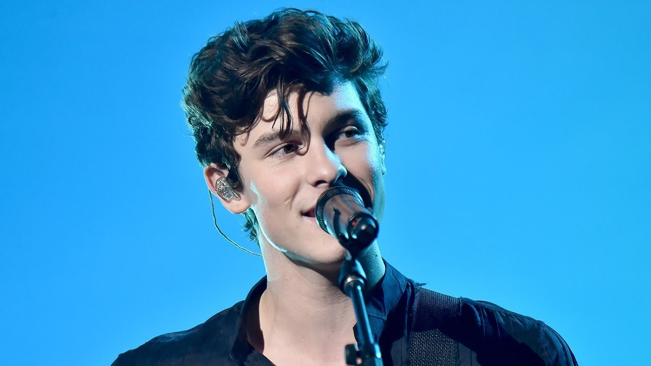 Image result for shawn mendes amas 2018