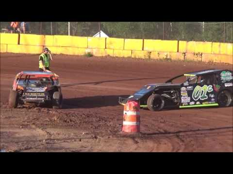 Stock car races in Tomahawk 7-1-17