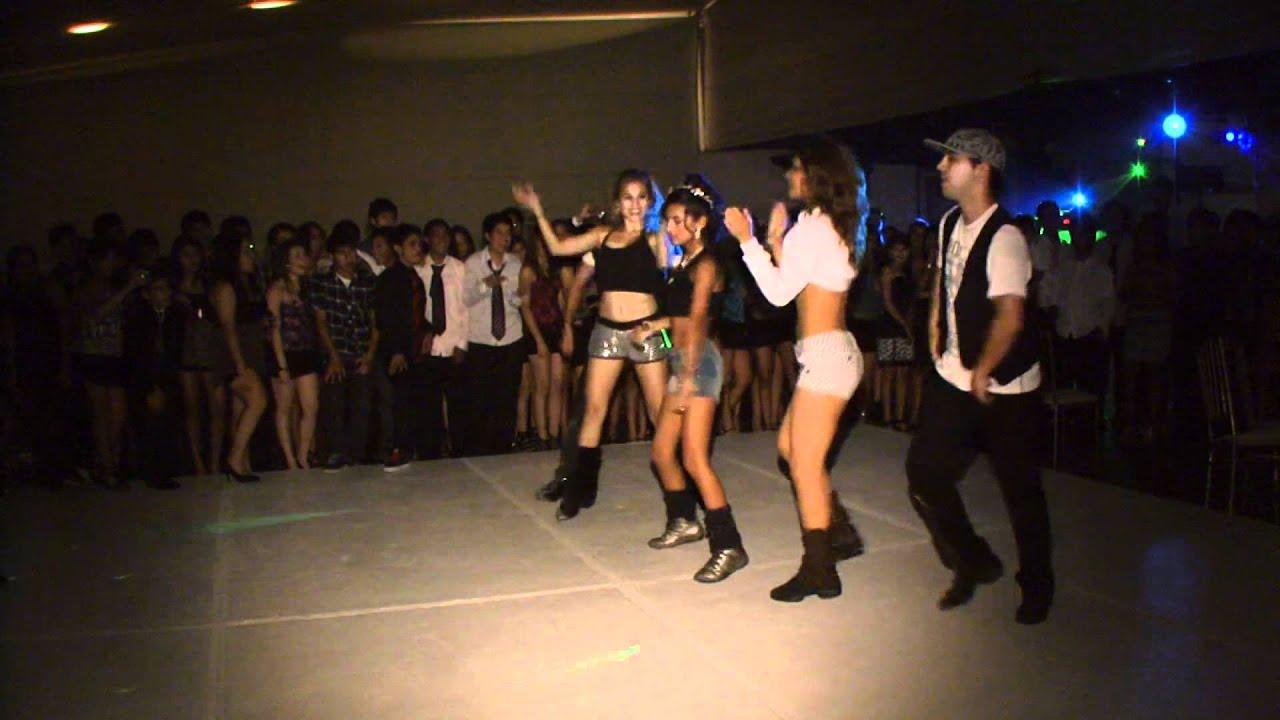 Baile Sorpresa en Filmacion de 15 Años de Almendra www.videoparaeventos.com , YouTube