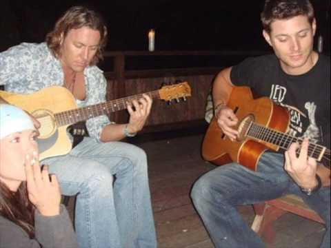 Jensen Ackles singing Crazy Love.