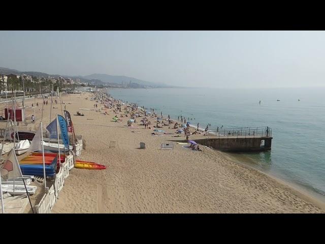 Mar plana com un mirall durant l'onada de calor d'agost de 2021 - Badalona