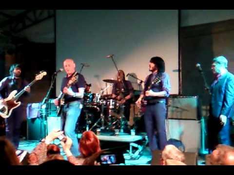wyoming y jorge martinez (ilegales) en el Festival de Cans 2011