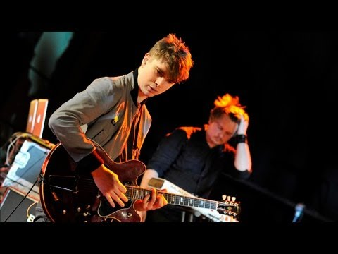 Everything Everything - Photoshop Handsome at 6 Music Live