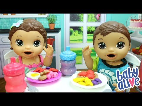 BABY ALIVE LAURINHA E FELIPINHO TOMANDO CAFÉ DA MANHÃ DE MASSINHA PLAY DOH