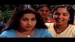 പെണ്ണാളേ...പെണ്ണാളേ... | Malayalam Evergreen Song | Pennale Pennale