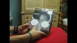 20 Dollar headphones (Sony MDR…