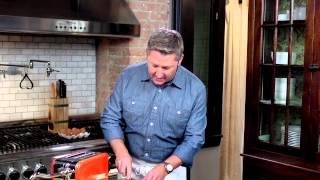 Top Your Thomas' Bagel Like A Texan: Smoked Tomato, Basil & Brie