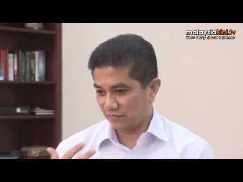 Harga Kesetiaan Azmin Pada Anwar