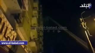 بالفيديو والصور.. محافظ المنيا ومدير الأمن يتابعان جهود إخماد حريق برج سكني في 'الإخصاص'