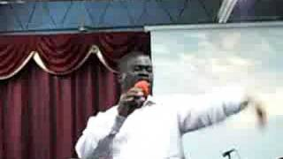 Pastor Wale Adenuga singing bless ye the Lord