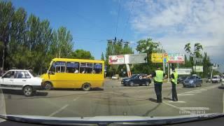Полиция регулирует движение. Херсон