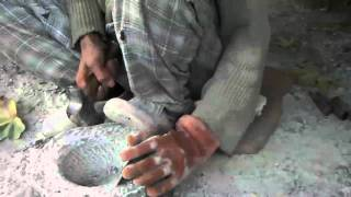 Making granite mortar and pestle