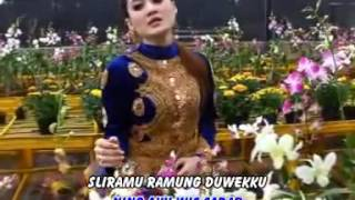 Video LILO AKU LILO - NELLA KHARISMA OFFICIAL VIDEO download MP3, 3GP, MP4, WEBM, AVI, FLV Agustus 2017