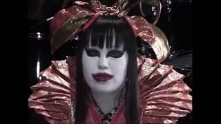 2004/04/14発売の犬神サーカス団4thシングル「最初の扉」から『最初の扉...