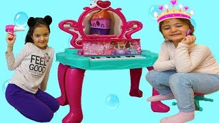 Öykü and Masal  Pretend Play Make Up Desk & Kids Make Up Toys