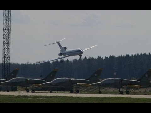 ✈ Tu-154 Almost Crash after losing Control!!!