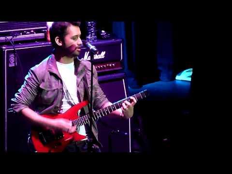 Atif Aslam Live - Aadat & Finale - Manchester Apollo