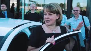 Смотреть видео Вручение Мерседеса Ольге Карпенко, Санкт Петербург Новости G онлайн