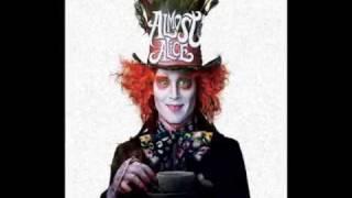 """Follow Me Down"" саундтрек фильма Алиса в стране чудес"