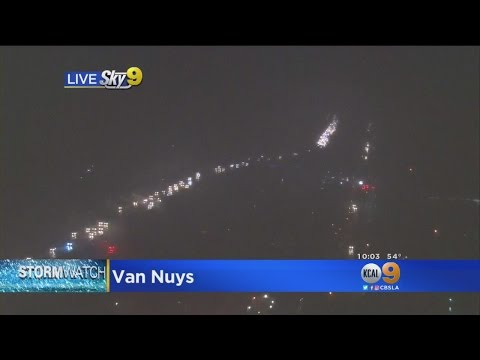 Heavy Rain Causes Traffic Nightmare (Shocker!) On 405 In Van Nuys
