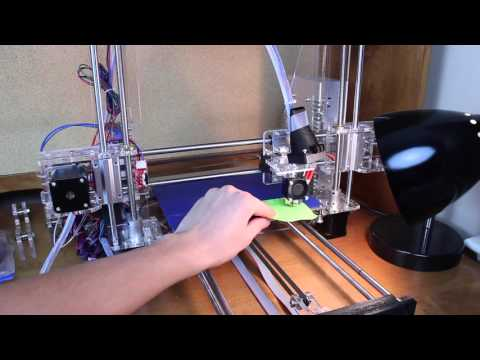 Sunhokey reprap Prusa i3 3D Printer: Calibration, Settings, Your First Print!