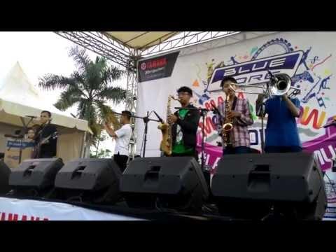 Oi Steady - Intro Revolution Ska @Lap Upakarti Soreang