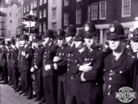 Claudia Jones leads a march (1963)