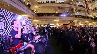 Rocket Rockers - Bersama Taklukan Dunia ( Live From House Of Vans Yogyakarta )
