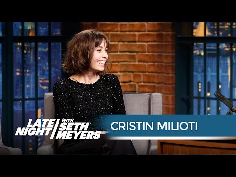 Cristin Milioti's Awkward David Bowie Encounter  Late Night with Seth Meyers