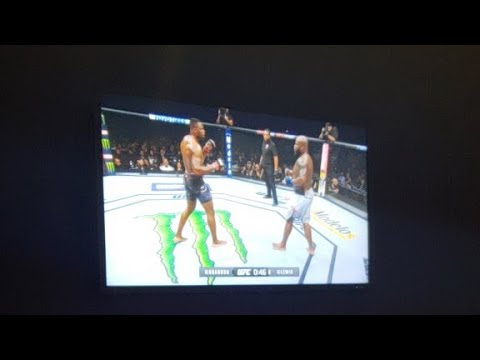 Francis Ngannou Vs Derick Lewis Worst Fight Of All Time ..
