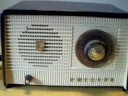 Radio antigua Philips años 50 funcionando