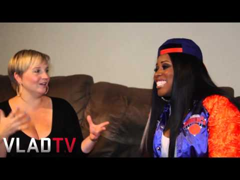 Remy Ma Talks Working With Other Females, New Mixtape